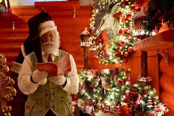 La Casa Di Babbo Natale Prezzi.Il Regno Di Babbo Natale La Casa Di Babbo Natale A Vetralla
