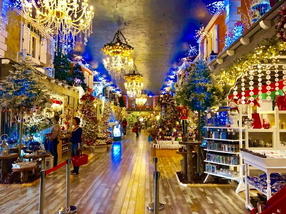 Dove E La Casa Di Babbo Natale.Il Regno Di Babbo Natale Negozio Di Articoli Per Il Natale A